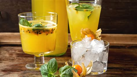 Passion Fruit Cocktail (Maracuja) - TODAY